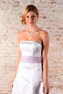 Weißes Brautkleid A-Linie